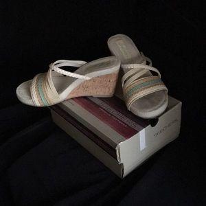 Wedge sandles